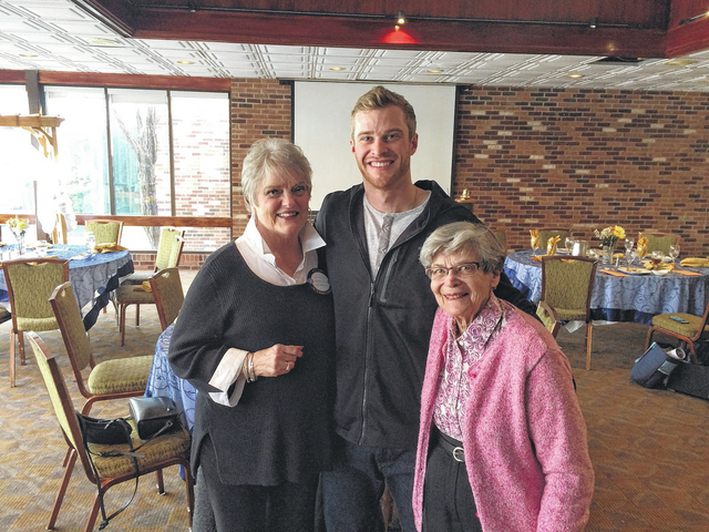 Major League Baseball player Cory Spangenberg speaks at Rotary Club of the Abingtons meeting