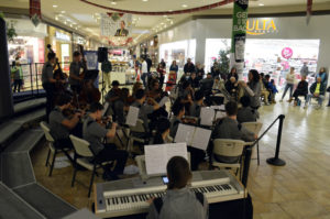 Abington Heights High School Honors Orchestra, Concert Choir perform in concert series at the Viewmont Mall