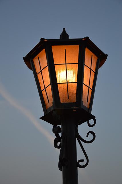 web1_replacement-lamp-1116873_960_720.jpg