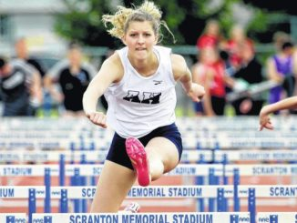 Lady Comets win fourth straight district track title